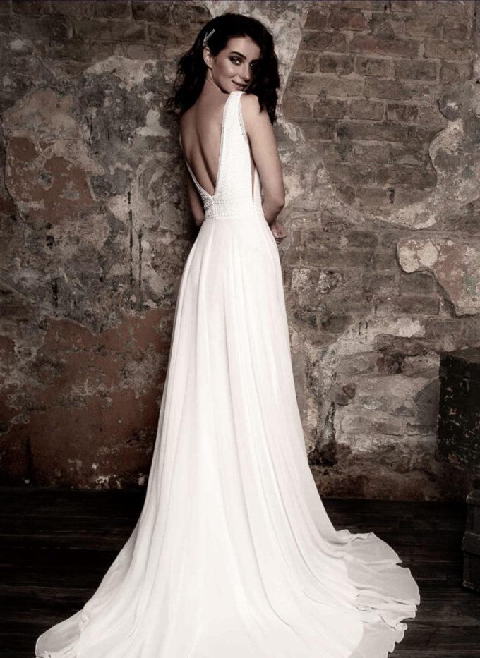 Brautkleid mit grobgehäkelter Spitze