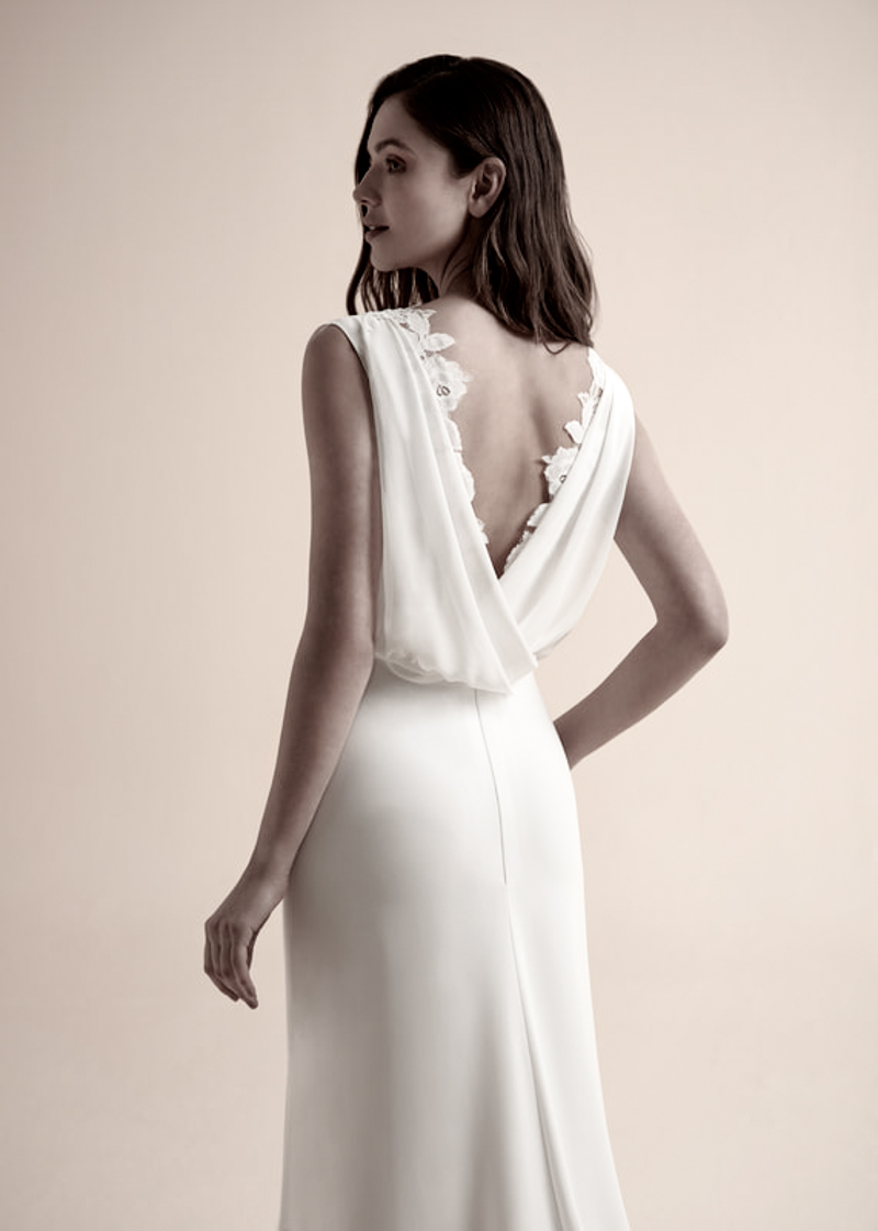 azz by Modeca - Coral Top   Jenari - Bridal Concept Store   Brautmoden Wuppertal