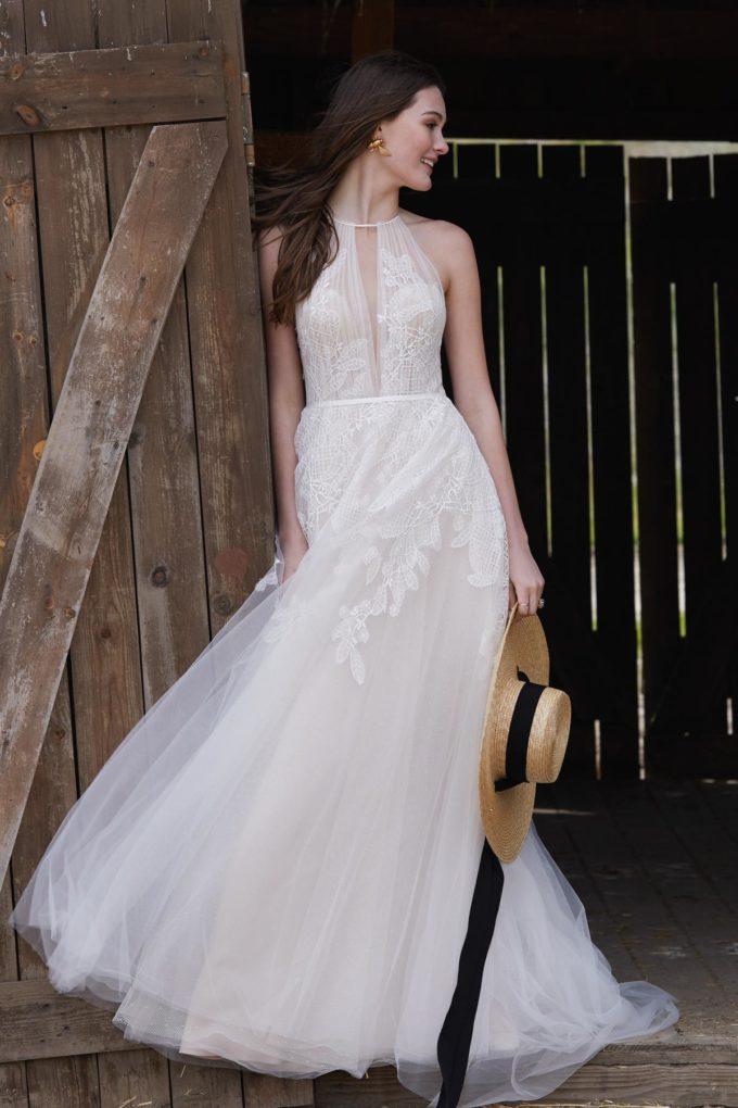 Braut im Pferdestall