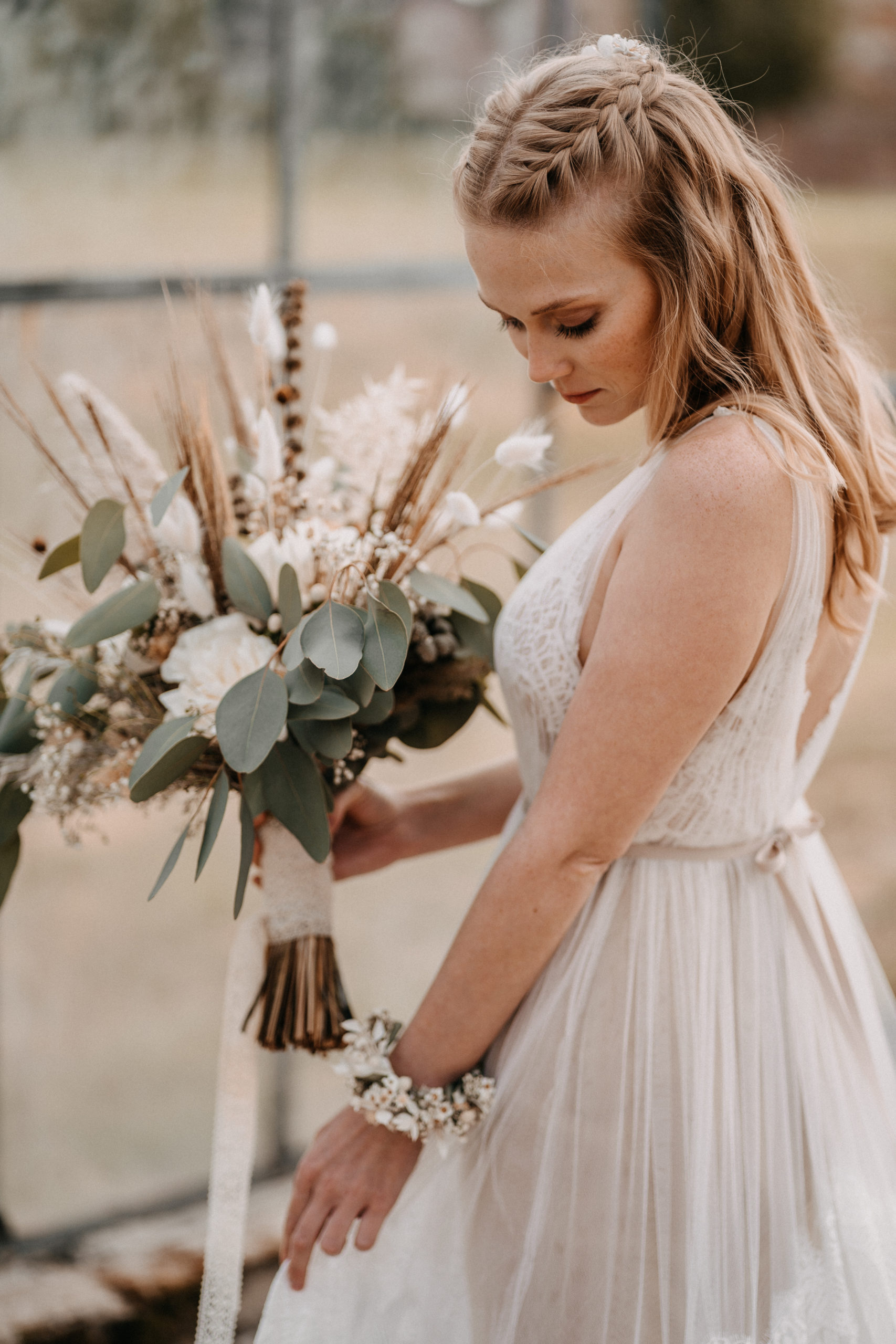 Vintage Brautkleider bei Jenari – Bridal Concept Store