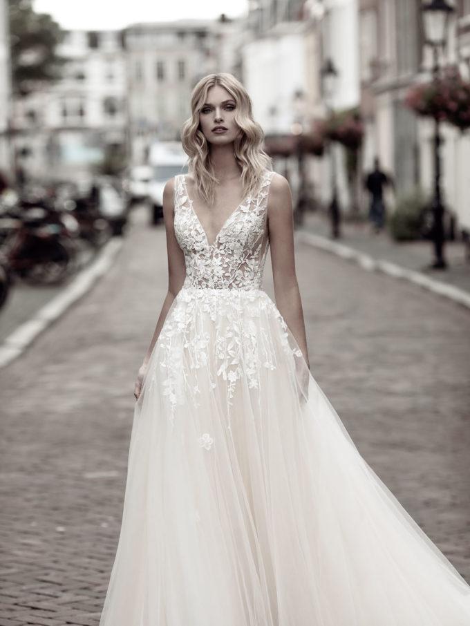 Brautkleider Modeca
